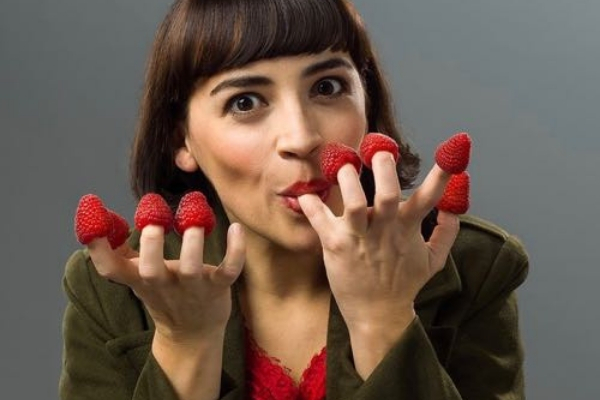 meet-the-star-of-the-uk-stage-premiere-touring-production-of-amelie-the-musical-it-s-audrey-brisson