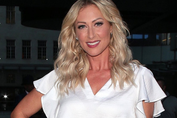 introducing-the-new-miss-hedge-in-the-west-end-s-everybody-s-talking-about-jamie-faye-tozer