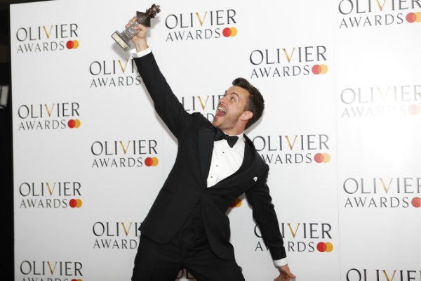 come-from-away-company-each-win-four-honours-at-the-olivier-awards-2019