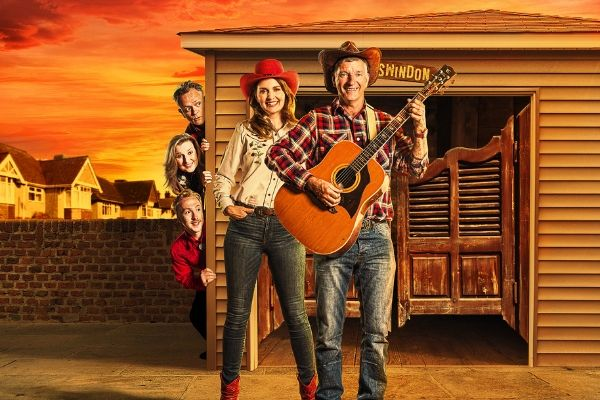 yeehaw-debra-stephenson-stars-in-the-world-premiere-of-tony-hawks-new-musical-midlife-cowboy