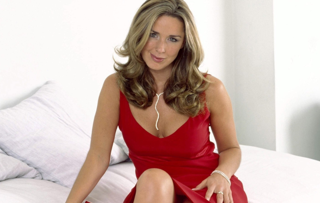 claire-sweeney-is-joining-the-cast-of-crazy-for-you-for-2018-tour