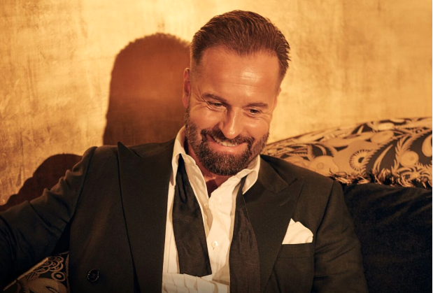 it-s-boetime-alfie-boe-announces-new-album-as-time-goes-by-celebrating-the-golden-age-of-music