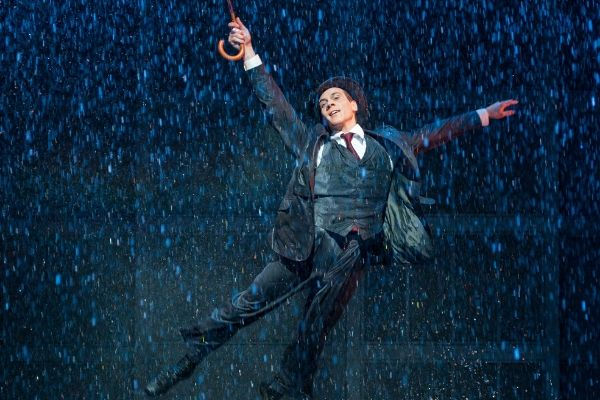 adam-cooper-returns-to-the-role-of-don-lockwood-when-singin-in-the-rain-has-london-season-in-summer-2020