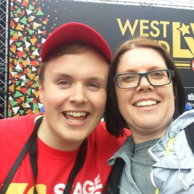 StageFave fan has a selfie taken with Perry O'Bree at West End Live 2016