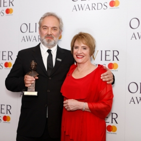 In the press room: Patti Lupone presented Best Director to The Ferryman's Sam Mendes. @ Pamela Raith
