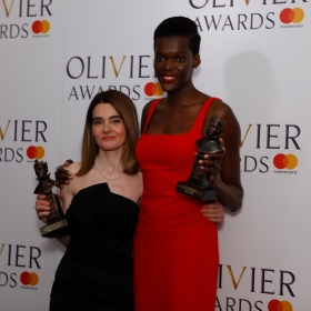 In the press room: Shirley Henderson & Sheila Atim. © Pamela Raith