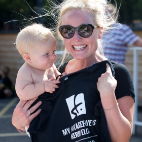 Kerry Ellis showing off her StageFave tee with support from Fred