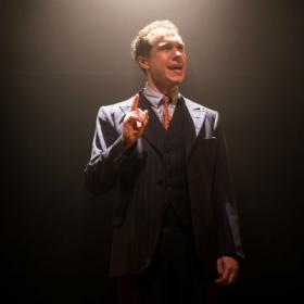 Gary Tushaw in Allegro. © Scott Rylander