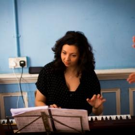Musical director Tamara Saringer in Vanities rehearsal. © Harry Elletson