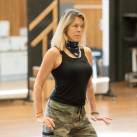 Janie Dee in rehearsal for Follies. © Johan Persson