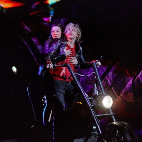 Christina Bennington & Andrew Polec in Bat Out of Hell. © Specular