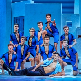 Cast of Mamma Mia 2017. © Brinkhoff & Migenburg