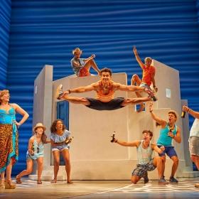 Damien Buhagiar & cast in Mamma Mia, 2017. © Brinkhoff & Migenburg