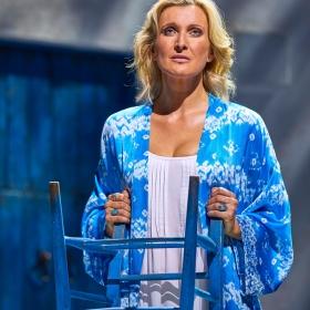 Sarah Poyzer in Mamma Mia. © Brinkhoff & Migenburg