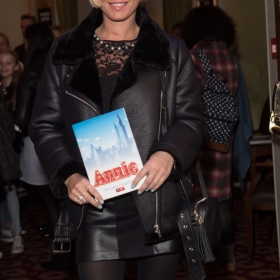 Denise Van Outen - Annie at the Piccadilly Theatre - Photo credit Craig Sugden