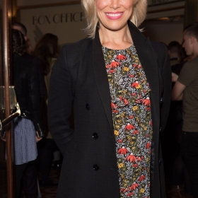 Hannah Waddingham - Annie at the Piccadilly Theatre - Photo credit Craig Sugden