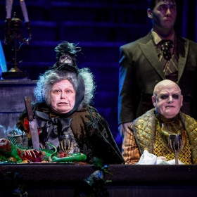 Valda Aviks & Les Dennis in The Addams Family. © Matt Martin