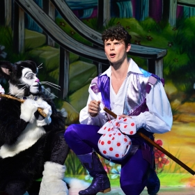 Dick Whittington at the London Palladium. © Paul Coltas