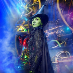 Rachel Tucker returns as Elphaba for Wicked's 10th anniversary. © Matt Crockett