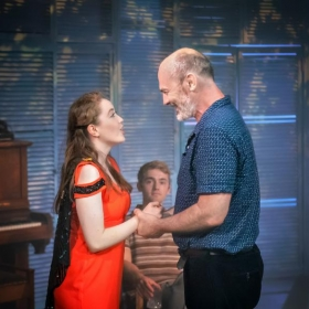 Eleanor Walsh & Jerome Pradon in Aspects of Love at the Hope Mill Theatre, 2018