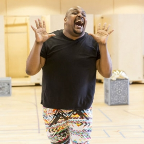 Trevor Dion Nicholas in Aladdin rehearsals. © Johan Persson