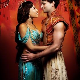 Jade Ewan & Matthew Croke in Aladdin. © Disney