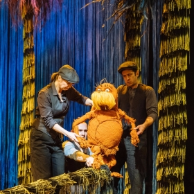 The Lorax - Laura Caldow, Ben Thompson and David Ricardo-Pearce (Puppeteers) in Dr. Seuss's The Lorax at The Old Vic. © Manuel Harlan