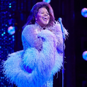 Amber Riley in Dreamgirls at the Savoy Theatre. © Mogenburg