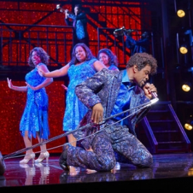 Adam Bernard in Dreamgirls. © Mogenburg