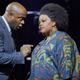 Nicholas Bailey & Amber Riley in Dreamgirls. © Mogenburg