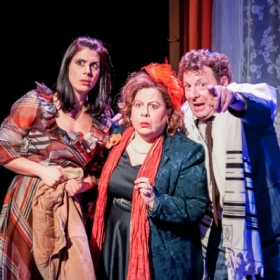 Lara Stubbs, Sue Kelvin and Robert Maskell. © Darren Bell