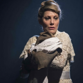 Anita Louise Combe in Ragtime at Charing Cross Theatre. © Annabel Vere & Scott Rylander