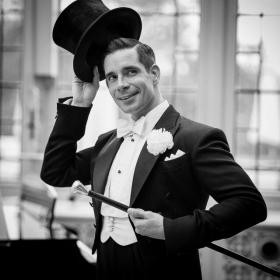 Dan Burton as Jerry Travers in Top Hat