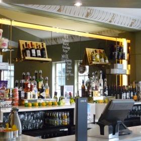 Grand Circle Bar