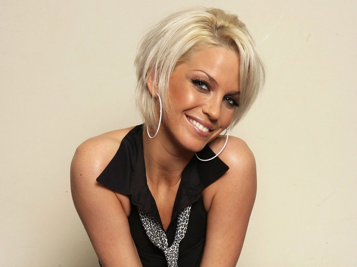 Sarah Harding | Performers | Stage Faves
