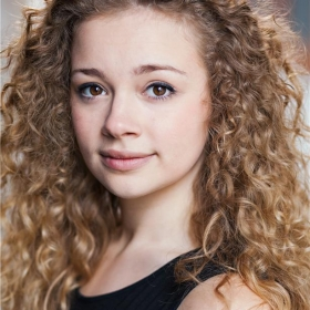 carrie-hope-fletcher