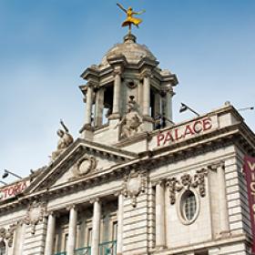 victoria-palace